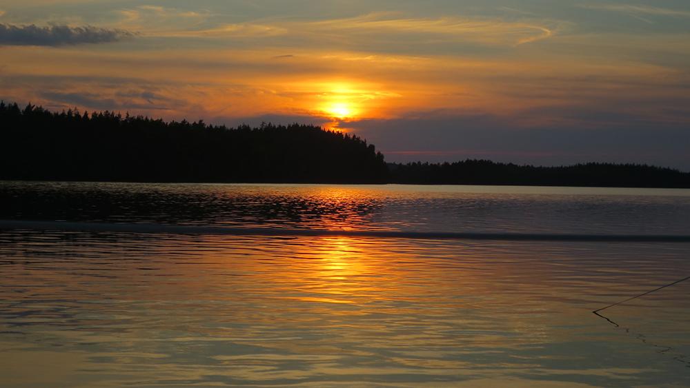 1000_01_beskuren_348-solnedgång-över-Saimen